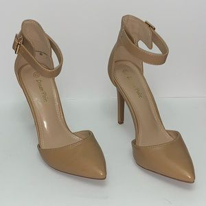 Dream Pairs• Oppointed Ankle Tan Heels